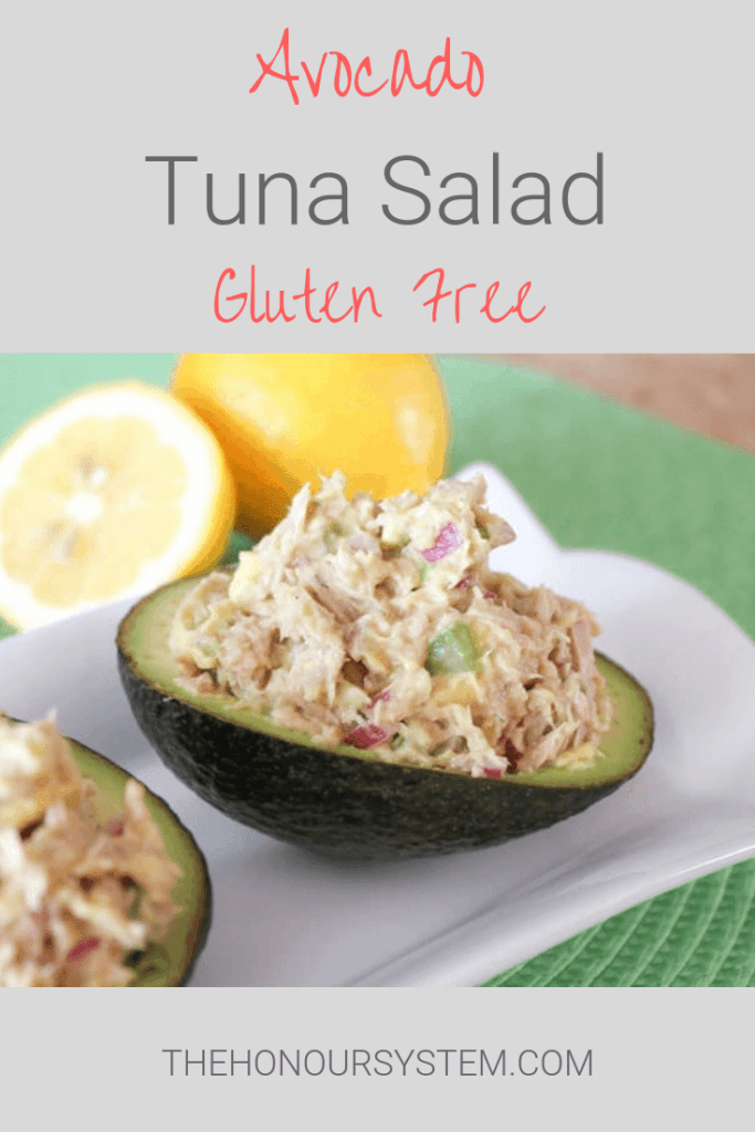 Avocado Tuna Salad. Switch up the classic mayo based tuna salad with this healthier alternative! Gluten free and full of healthy fats. #glutenfree #avocado #recipes
