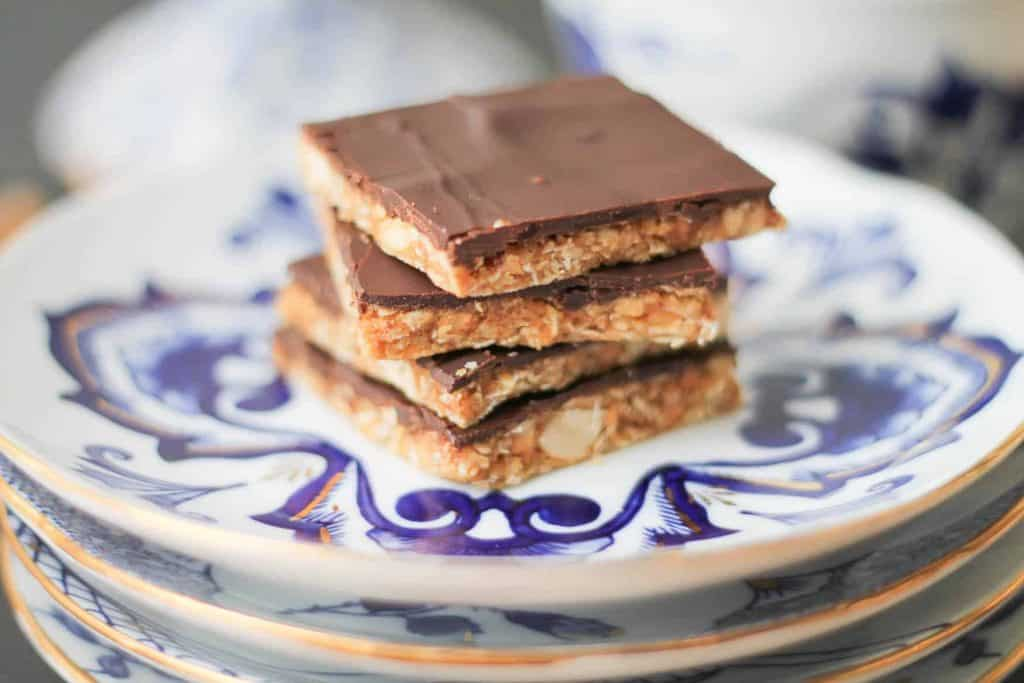 Toasted Cashew Candy Bars